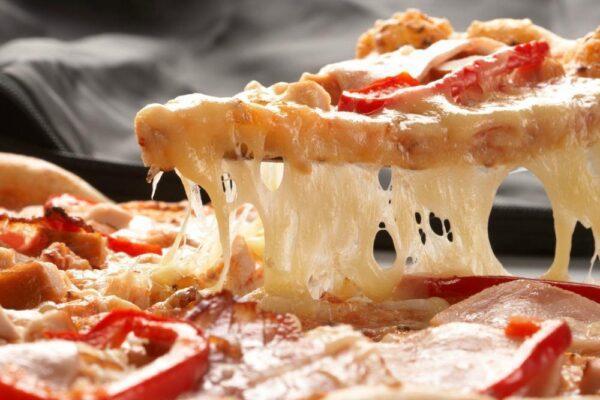 Pizza de jamón york y queso - Tia Tota